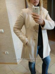Пальто Benetton стильное и красивое
