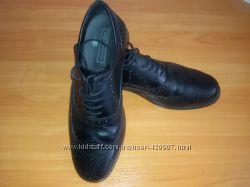Туфли новые кожанные мужские M&S UK8 EU42 в наличии