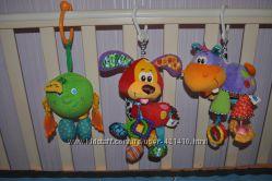 Подвесные игрушки от Playgro и Tiny Love