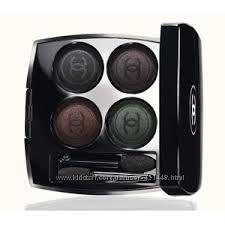 Chanel Quatuor Boutons de Chanel - Les Folies Noires