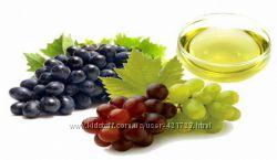 Чистое косметическое масло виноградных косточек Италия