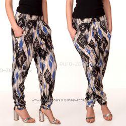 Sale. Летние брюки-бананы Incity, модной абстрактной расцветки.