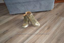 Продам ботиночки-кеды