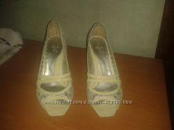 Летние туфли с открытым носком