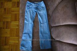 Новые стильные джинсы по хорошей цене