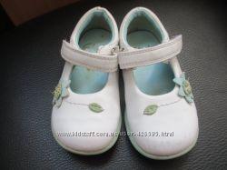 Белые туфли Кларкс Clarks 13. 5 см р. 4, 5G