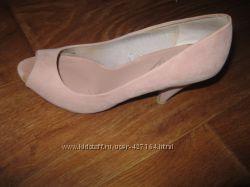 Брендовые туфли Bershka