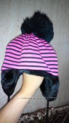 Красивая шапочка для маленькой крошки
