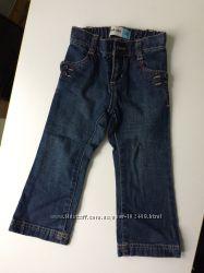 новые джинсы для вашего малыша Old Navy 2T