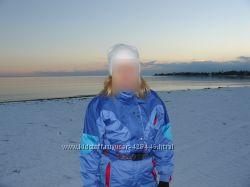 Красивый, удобный, лыжный комбинезон DEGRE 7