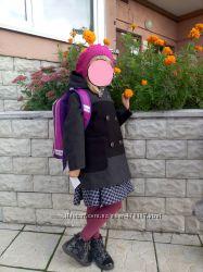 Пальто с  капюшоном для  девочки  5-6лет. 116-122
