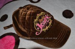 Продам модную велюровую женскую кепку