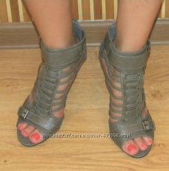 Обувь 35-36 размера