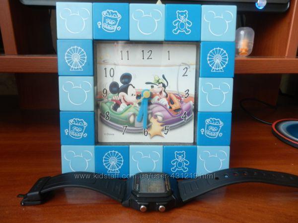 Часы детские настольные Микки Маус