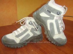 Спортивные ботинки р. 30