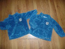 Мягкие теплые пушистые свитерки для двух карапузов