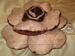 Подушка декоративная Роза-шоколадница