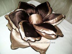 Декоративная подушка- цветок Клематис