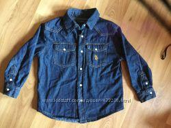Стильная фирменная джинсовая рубашка и джинсы