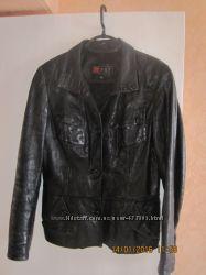 куртка пиджак кожа черная 46-48  р