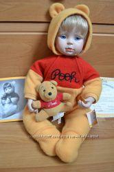 Фарфоровая кукла с Винни Пухом Эштон Дрейк, Дисней