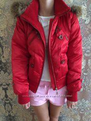 Теплая фирменная  курточка пуховик натуральный пух