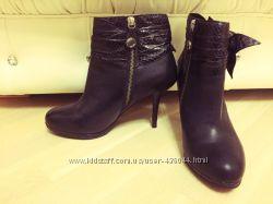 Ботинки Karen Millen с кожей питона