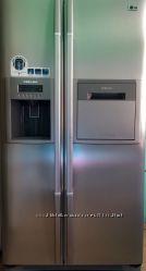 Холодильник Side-by-Side с диспенсером и баром