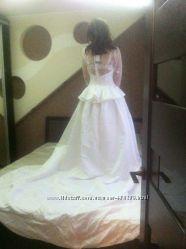 шикарное свадебное платье Новое