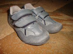 Туфли-кроссовки на узкую ножку 25р