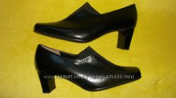 новые чёрные туфли - натуральная мягкая кожа