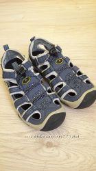 Новые спортивные сандали последняя пара 35р