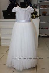 шикарное платье Parrot на 10 лет
