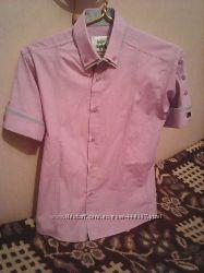 красивая рубашка с коротким рукавом