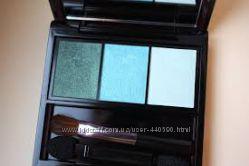Shiseido Luminizing Satin Eye Color Trio GR412