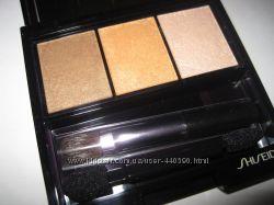 Shiseido Luminizing Satin Eye Color Trio -  BR209 Voyage