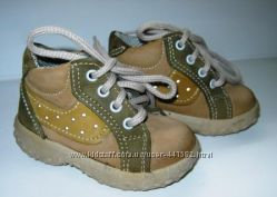 Ботинки для малыша 19 размер
