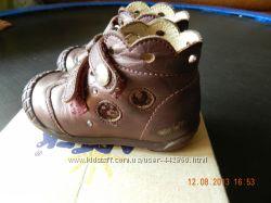 Продам детские кожаные ботинки Бартек 20р.