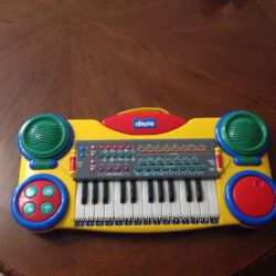 Синтезатор -пианино Chicco