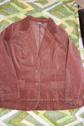 Пиджак красивого рыжего цвета, велюр