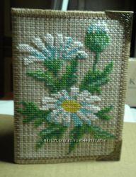 Обкладинка на паспорт Ромашки вишивка на вінілі .