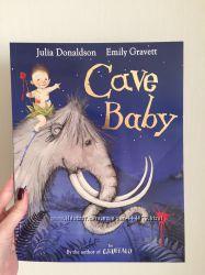 Детская книга на английском языке Пещерный ребенок Джулии Дональдсон