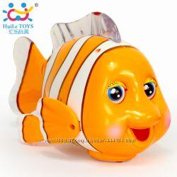 Сенсорная рыбка клоун Huile Toys поймай меня малыш