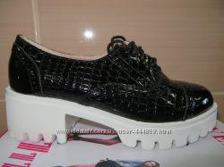 Лакові туфлі шнурочок SEVEN 36-40
