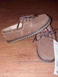 Замшевые туфли F&F