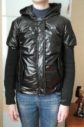 Деми куртка с вязанными рукавами