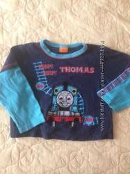 Продам   футболку THOMAS для мальчика в нормальном состоянии, бу.