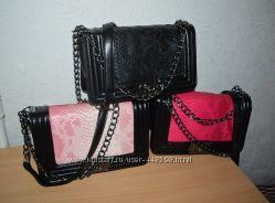 Женские сумки Шанель Бой