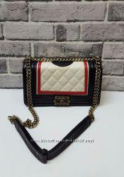 Новые сумки Шанель Бой