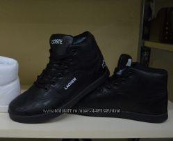 Новые женские черные кроссовки зима